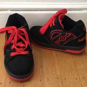 Heely's black and red, size youth 1